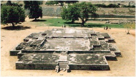 Palace of Vira Harihara_1