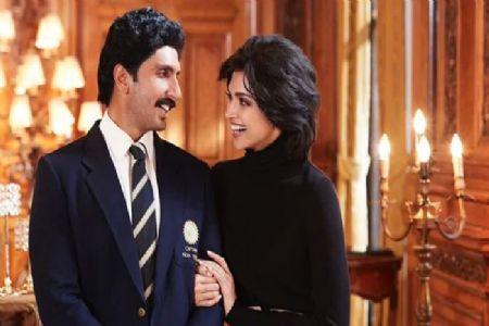 अब रिअल के साथ रील लाईफ में भी दीपिका निभाएँगी रणवीर की पत्नी का किरदार
