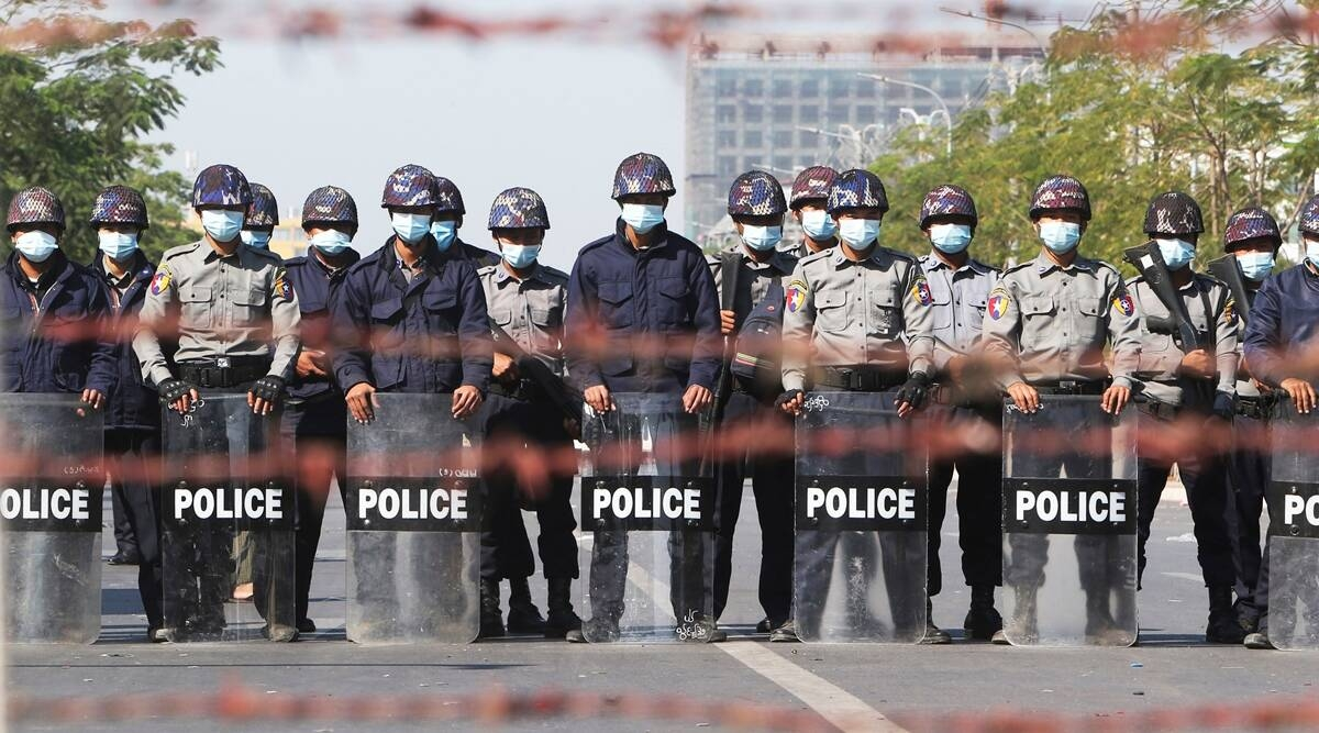 Myanmar Policemen _1&nbs