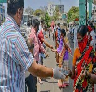 Bangalore Volunteers Extend Help Amidst the Pandemic