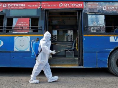 Ahmedabad: Unvaccinated people banned from using public transport from today